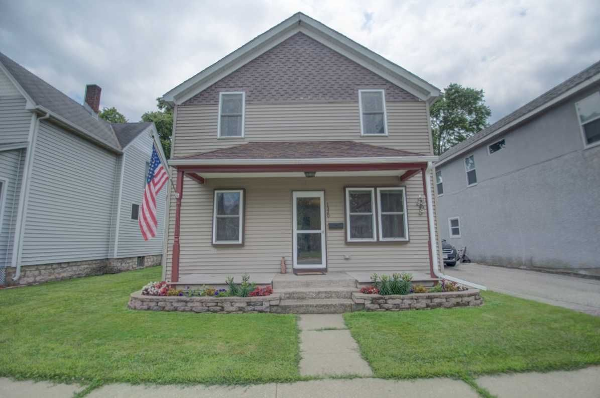 La Crosse Home, WI Real Estate Listing