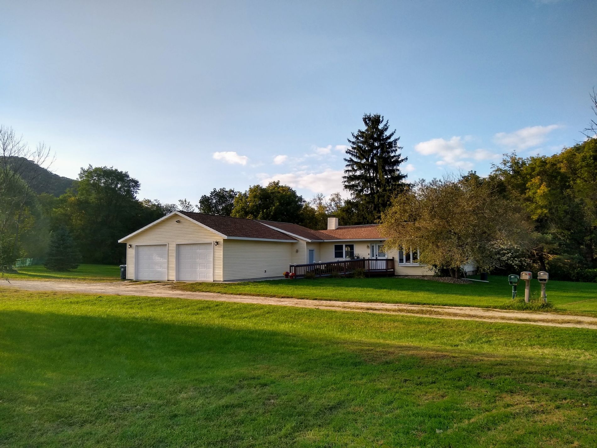 Coon Valley Home, WI Real Estate Listing